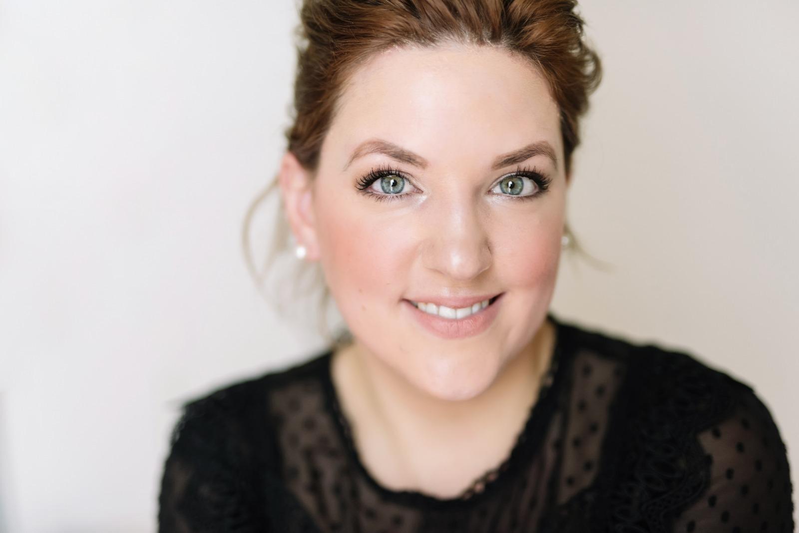 Anna Maurer Make-up Artist